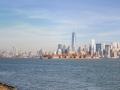 Vpravo Manhattan, vlevo New Jersey.