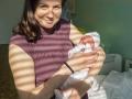 S maminkou na odchodu z porodnice