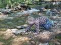 Adámkova zábava dotažená k dokonalosti - kameny a voda.
