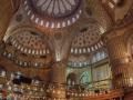 Na podruhé se mi podařilo trefit pauzu v modlení a tak jsem nakoukl do známé Blue Mosque.