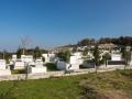 Místní hřbitov u pevnosti.