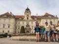 Poslední den jsme byli na zámku ve Valticích.