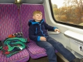 Pro Adámka (a asi i pro maminku) byla dobrodružstvím i cesta domů, kterou absolvoval vlakem.