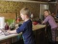 Další den hned začaly přípravy na Velikonoční pondělí.