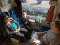 Samozřejmě vlakem a i s babičkou a dědou.