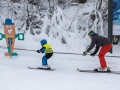 První den lyžařského výcviku. Je potřeba zopakovat základy.